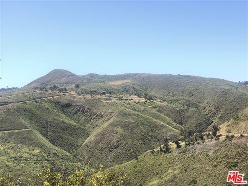 Photo of 9560 Cotharin Road, Malibu, CA 90265 (MLS # 19512970)