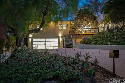 Photo of 3126 Oakcrest Drive, Los Angeles, CA 90068 (MLS # BB21032970)