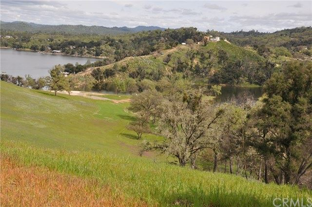 Photo for 3710 Red Oak Lane, Paso Robles, CA 93446 (MLS # NS18111970)