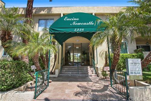Photo of 5328 Newcastle Avenue #41, Encino, CA 91316 (MLS # SR21098971)