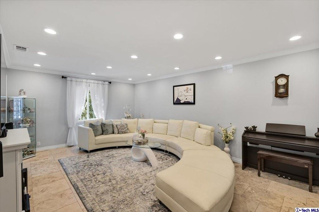 Photo of 5928 Colfax Avenue, North Hollywood, CA 91601 (MLS # 320007971)