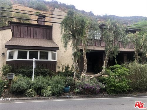 Photo of 2964 Mandeville Canyon Road, Los Angeles, CA 90049 (MLS # 20640972)