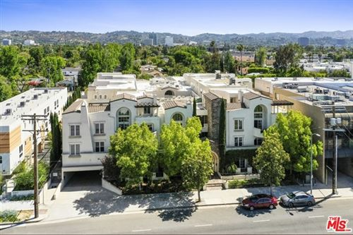 Photo of 15206 Burbank Boulevard #116, Sherman Oaks, CA 91411 (MLS # 21728972)
