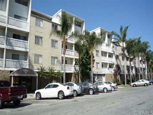 Photo of 3565 Linden Avenue #305, Long Beach, CA 90807 (MLS # PW20201972)
