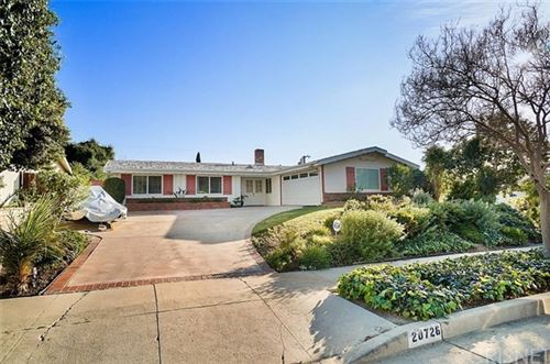 Photo of 20728 Collins Street, Woodland Hills, CA 91367 (MLS # SR21045972)