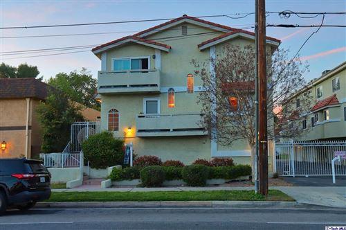Photo of 13825 Victory Boulevard #1, Van Nuys, CA 91401 (MLS # 320007973)