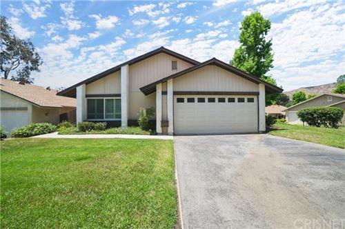 Photo of 13911 Fenton Avenue, Sylmar, CA 91342 (MLS # SR21123973)