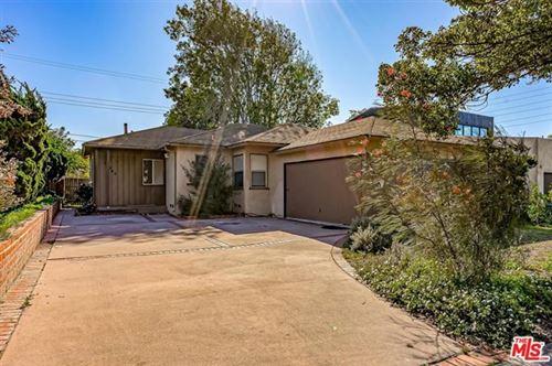 Photo of 13242 DEWEY Street, Los Angeles, CA 90066 (MLS # 20548974)