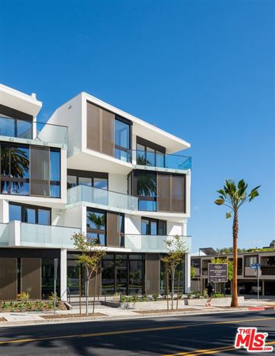 Photo of 702 N Doheny Drive #304, West Hollywood, CA 90069 (MLS # 21785974)