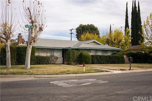 Photo of 26016 Fiesta Place, Hemet, CA 92544 (MLS # SW21009974)