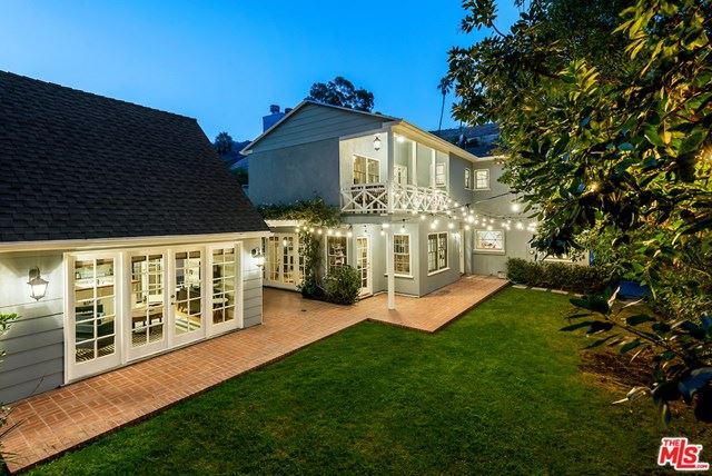 Photo of 1625 N Beverly Drive, Beverly Hills, CA 90210 (MLS # 21726974)