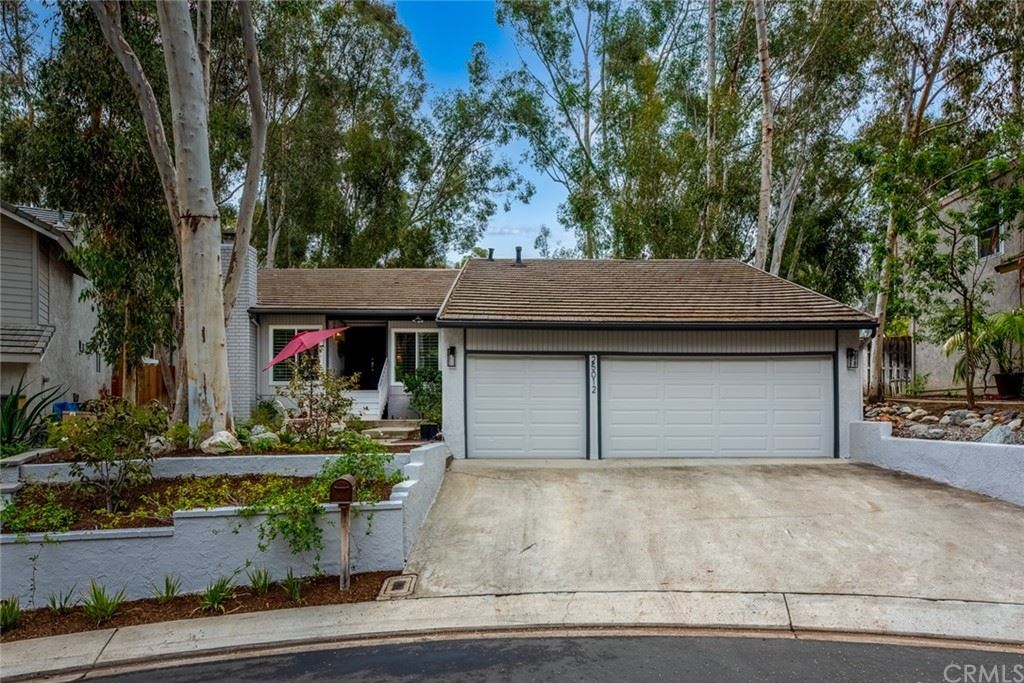 Photo of 25012 Castlewood, Lake Forest, CA 92630 (MLS # OC21235975)