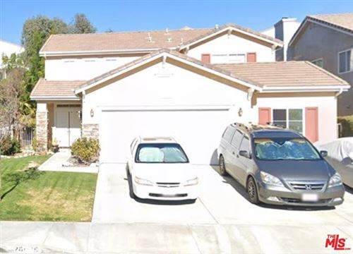 Photo of 26085 Salinger Lane, Stevenson Ranch, CA 91381 (MLS # 20620976)