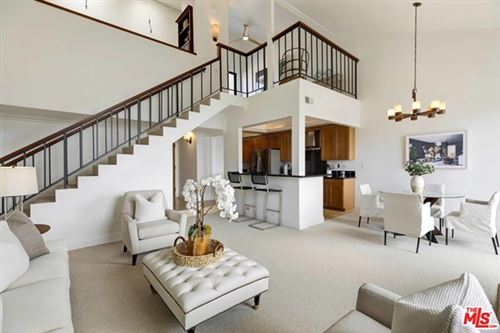 Photo of 15515 Sunset Boulevard #311, Pacific Palisades, CA 90272 (MLS # 21730976)