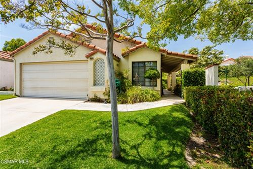 Photo of 807 Links View Drive, Simi Valley, CA 93065 (MLS # 221002976)
