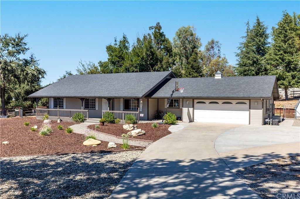 Photo of 530 Santa Rita Road, Templeton, CA 93465 (MLS # NS21193976)