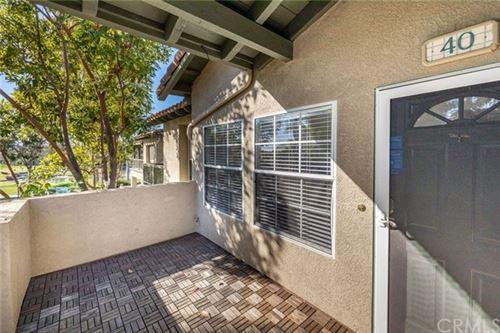 Photo of 40 Via Solaz, Rancho Santa Margarita, CA 92688 (MLS # LG20246978)