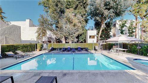 Photo of 18411 Hatteras Street #117, Tarzana, CA 91356 (MLS # SR21186978)