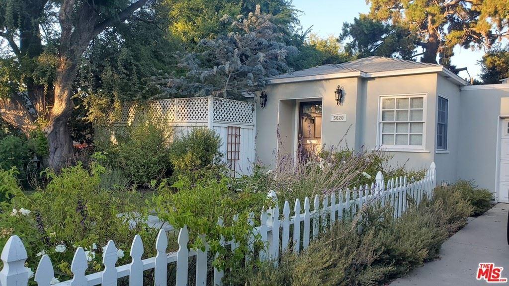 Photo of 5620 Matilija Avenue, Valley Glen, CA 91401 (MLS # 21748978)