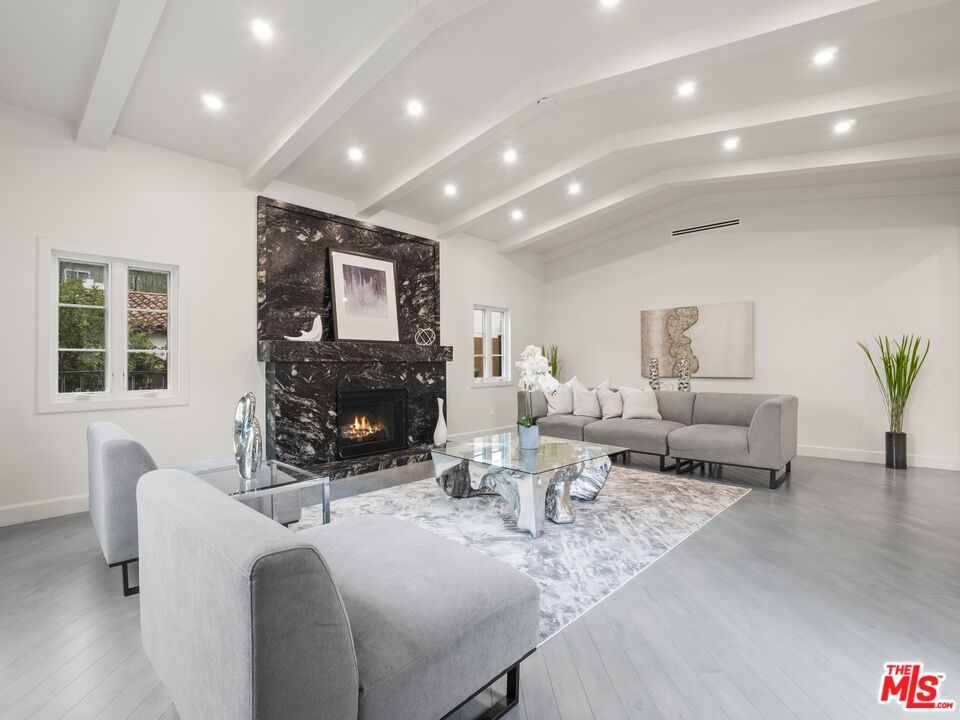 Photo of 301 S Almont Drive, Beverly Hills, CA 90211 (MLS # 21791978)