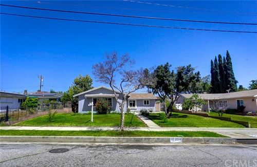 Photo of 17239 San Fernando Mission Boulevard, Granada Hills, CA 91344 (MLS # DW21076979)
