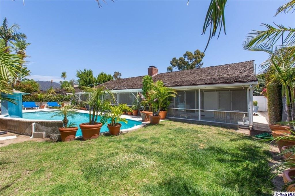 Photo of 2005 Westridge Road, Brentwood, CA 90049 (MLS # 320005979)