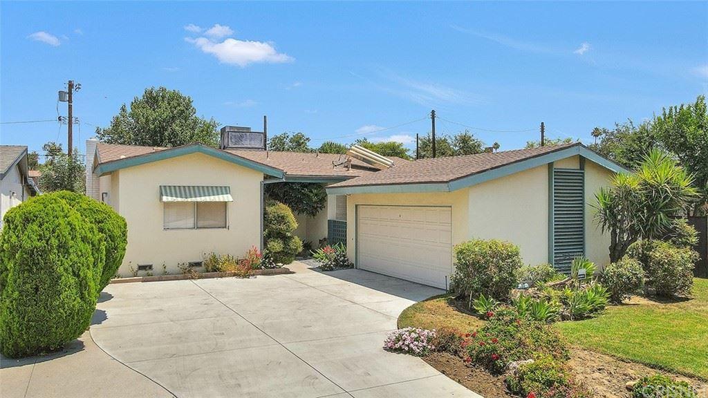 Photo for 7244 Quartz Avenue, Winnetka, CA 91306 (MLS # SR21157979)
