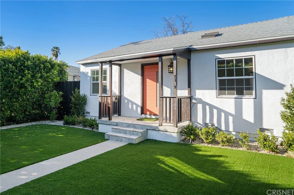 Photo of 17329 Burbank Boulevard, Encino, CA 91316 (MLS # SR21037980)