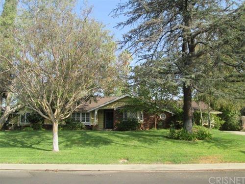 Photo of 18247 Kinzie Street, Northridge, CA 91325 (MLS # SR20217981)