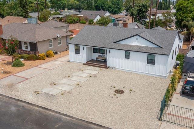 Photo of 7536 Gaviota Avenue, Lake Balboa, CA 91406 (MLS # SR21141981)