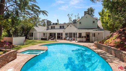 Photo of 926 N Alpine Drive, Beverly Hills, CA 90210 (MLS # 21731982)