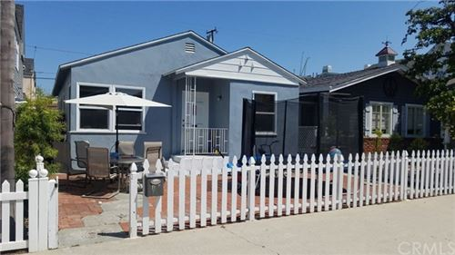 Photo of 513 5th Street, Manhattan Beach, CA 90266 (MLS # SB19209982)