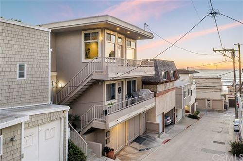 Photo of 126 El Porto Street, Manhattan Beach, CA 90266 (MLS # SB21008983)