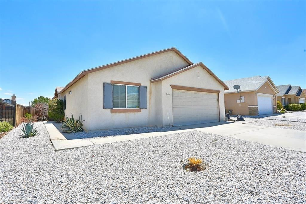 13157 Red Willow Way, Victorville, CA 92392 - MLS#: DW21166983
