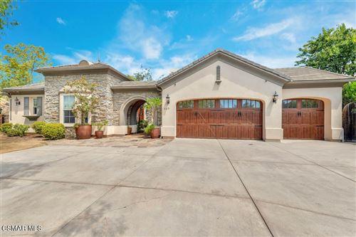 Photo of 685 N Conejo School Road, Thousand Oaks, CA 91362 (MLS # 221003984)