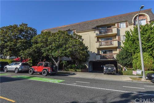 Photo of 811 6th Street #101, Santa Monica, CA 90403 (MLS # SB20240984)