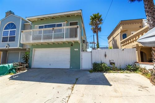 Photo of 256 Melrose Drive, Oxnard, CA 93035 (MLS # V1-4984)