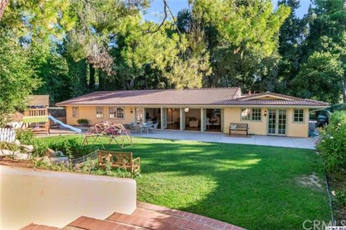 Photo of 15737 Warm Springs Drive, Canyon Country, CA 91387 (MLS # 320002985)