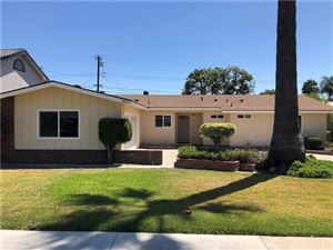 Tiny photo for 8812 Kennelly Lane, Anaheim, CA 92804 (MLS # OC19191985)