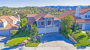 Photo of 23454 Glenridge Drive, Newhall, CA 91321 (MLS # SR19157985)