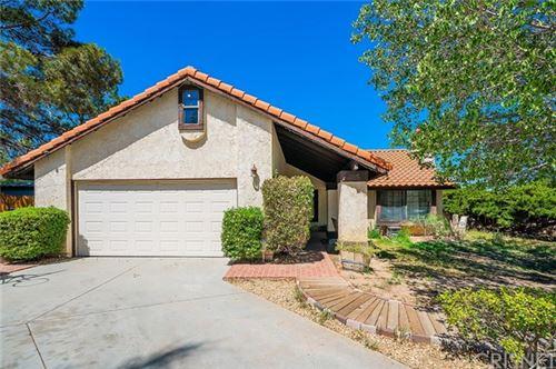 Photo of 555 Sunset, Palmdale, CA 93551 (MLS # SR21081985)