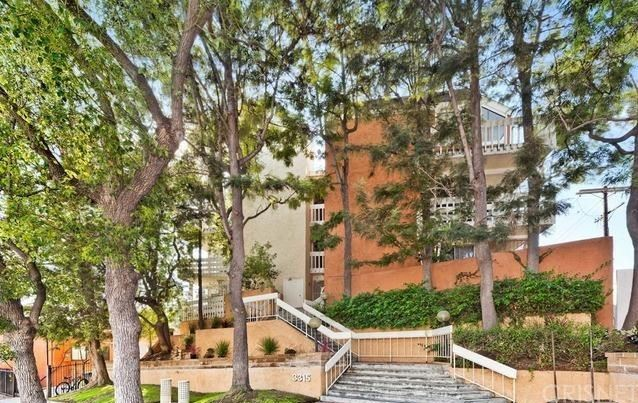 3315 Griffith Park Boulevard #201, Los Angeles, CA 90027 - MLS#: SR21225985