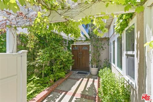 Photo of 10525 Clearwood Court, Los Angeles, CA 90077 (MLS # 21745986)