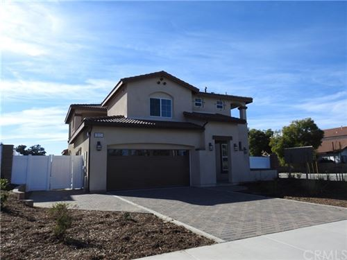 Photo of 5111 Saddleback Street, Montclair, CA 91763 (MLS # WS20016986)