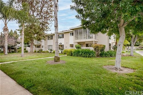 Photo of 922 Avenida Majorca #A, Laguna Woods, CA 92637 (MLS # OC21078987)