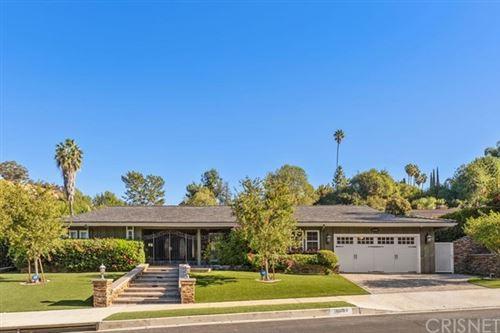 Photo of 18089 Lake Encino Drive, Encino, CA 91316 (MLS # SR20236987)