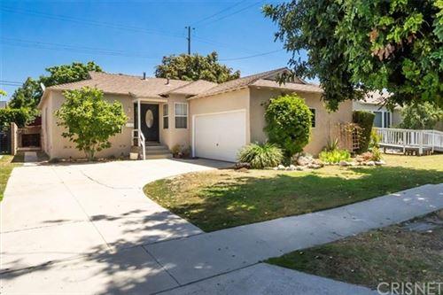 Photo of 5202 Etheldo Avenue, Culver City, CA 90230 (MLS # SR21113987)