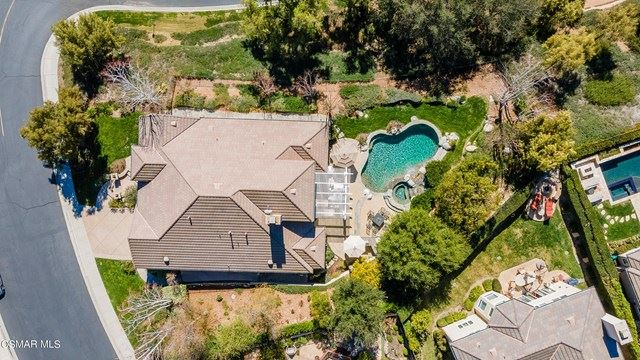 Photo of 1711 Yarnton Street, Westlake Village, CA 91361 (MLS # 221000987)
