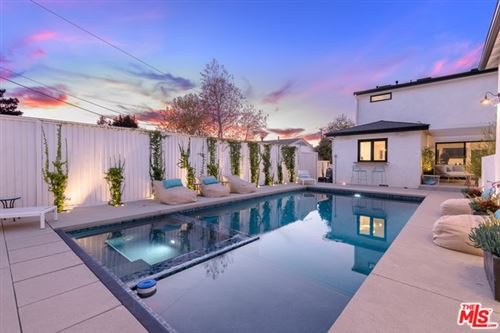 Photo of 582 RADCLIFFE Avenue, Pacific Palisades, CA 90272 (MLS # 20557988)