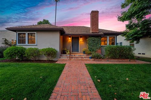 Photo of 2714 Selby Avenue, Los Angeles, CA 90064 (MLS # 20621988)